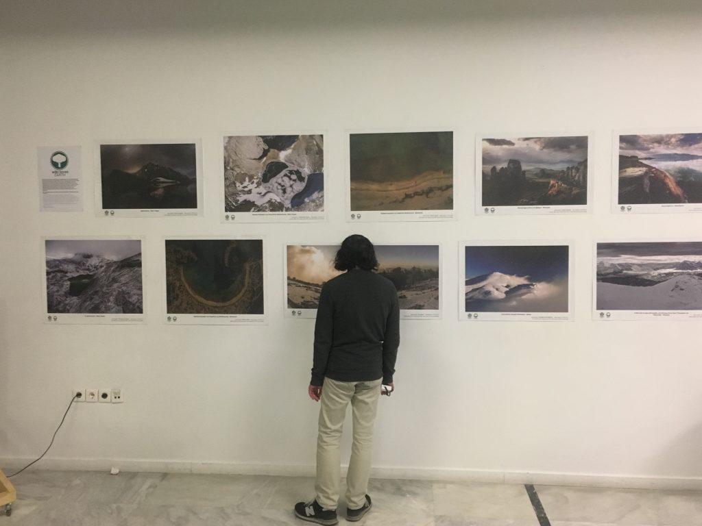 Οι νικήτριες φωτογραφίες του Wiki Loves Earth στο  φουαγιέ του Goethe-Institut